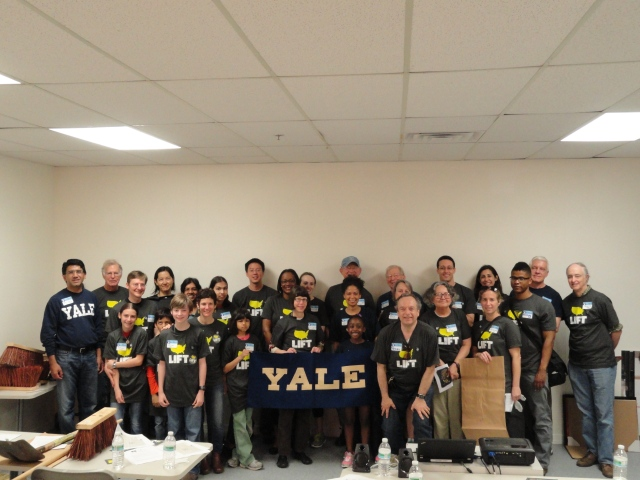 Yale Day of Service 2014 Group Photo 2