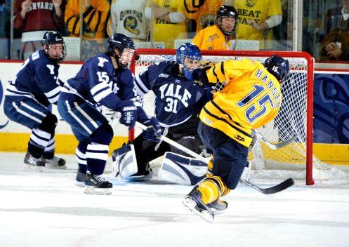 Men's Hockey vs Yale Feb 2010